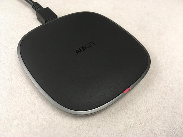 [REVIEW] Aukey Wireless Fast Charger-20190107_192002330_ios.jpg