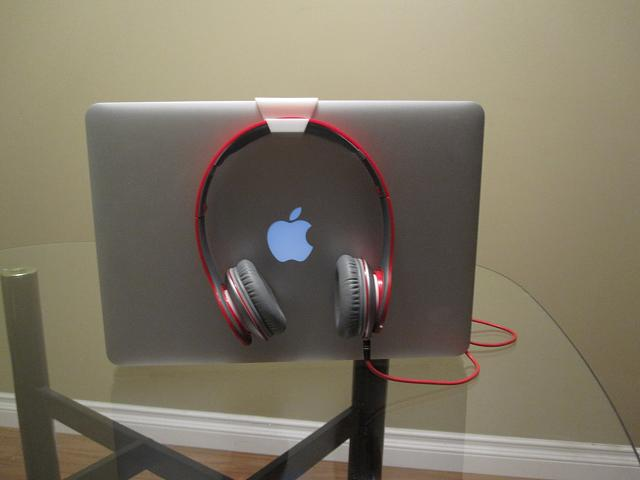 I Just invented a Macbook Air Accessory! What do you think?-img_1335.jpg