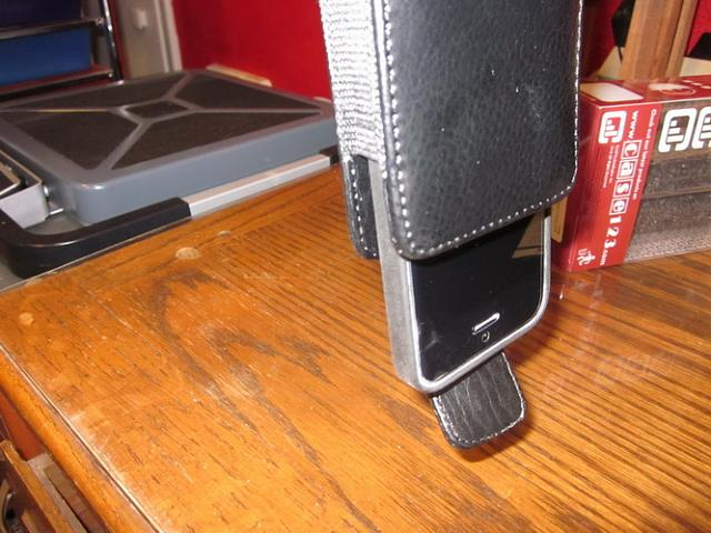 Holster to fit Apple 5s Leather Case-img_1920.jpg