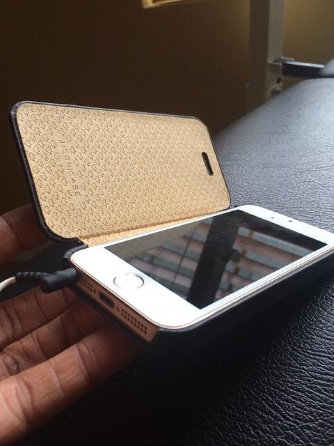Best Case for the iPhone 5s?-imageuploadedbyimore-forums1405989960.029389.jpg