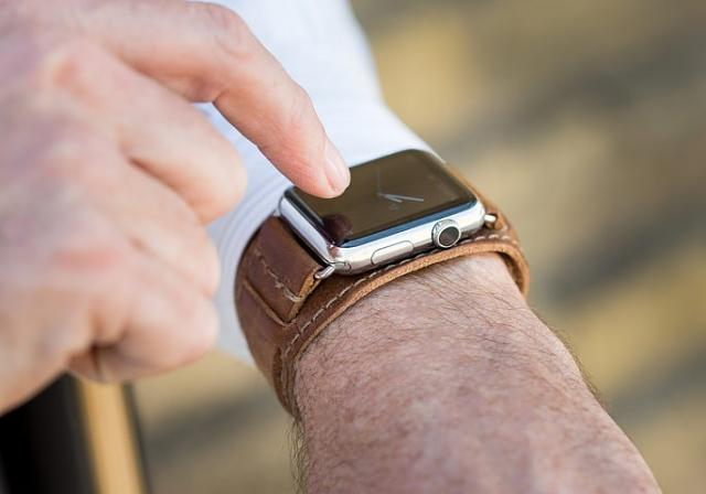 Best third party bands for Apple Watch-limited-edition-leather-band-apple-watch_2.jpg