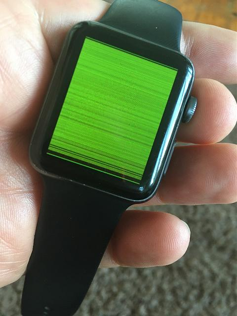 Apple Watch Screen suddenly has horizontal flickering lines-img_4317.jpeg