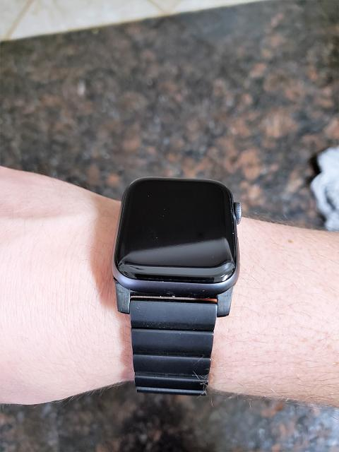[REVIEW] Nomad Titanium Band for Apple Watch-20190223_161234.jpg