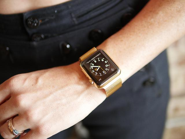 I Gold Plated My Wife S 38mm Milanese Apple Watch And It