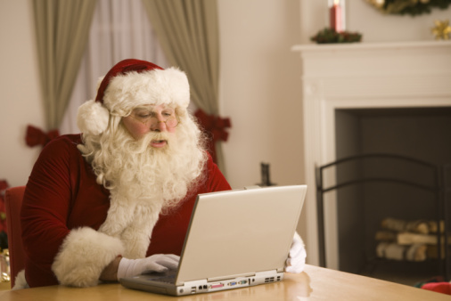 Name:  Santa-is-on-Twitter.jpeg