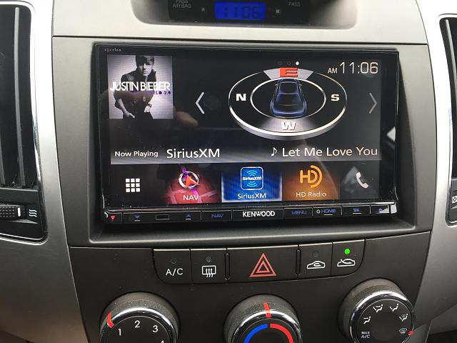 What is your personal experience with Apple CarPlay?-img_1139.jpg