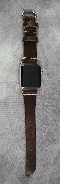 Review: Pad & Quill Bella Fino iPhone Case & Watch Lowry Band-10.png