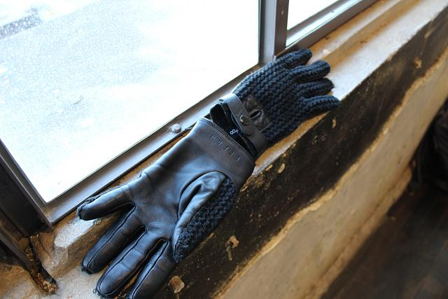 Mujjo Touchscreen Gloves: Touch All the Things (Or Maybe Don't)-img_0198.jpg