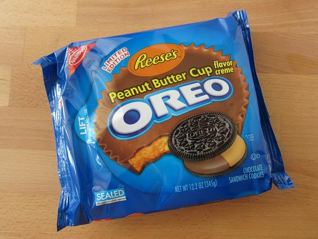 The last post wins!-reeses-peanut-butter-cup-creme-oreos-01.jpg