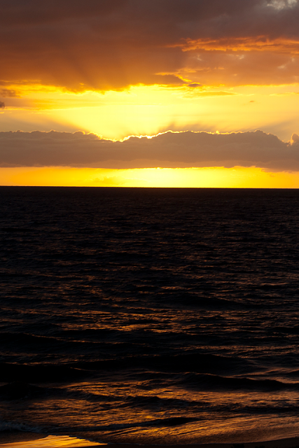The iMore 20K / 50K Post Challenge - Are you up for it?-maui_sunset2.png