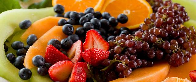The iMore 20K / 50K Post Challenge - Are you up for it?-breakfast-fresh-fruit.jpg