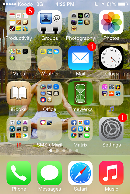 Why do I still have the update badge in iOS 7?-img_3164.png