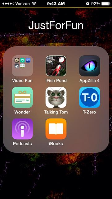 Did Apple forget to update the iBooks icon?-imageuploadedbytapatalk1412779551.454107.jpg