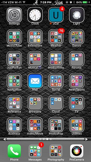 How organized is your iOS homescreen?-img_1470357053.752273.jpg