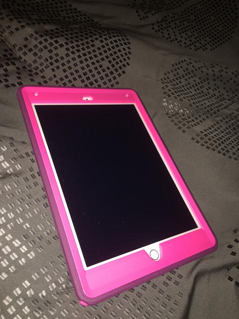 Otterbox Defender for iPad Air 2-imageuploadedbyimore-forums1449117580.436737.jpg