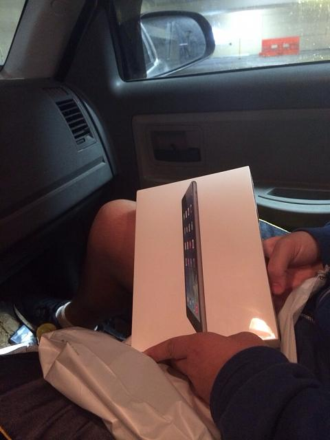 Official Waiting in line for an iPad Air Thread!-imageuploadedbyimore-forums1383310941.214015.jpg