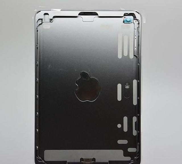 iPad Mini 2 Leak Photos, Release Date, News & Rumors-rumors-photo-ipad-mini-2-color-space-gray-raqwe.com-03.jpg