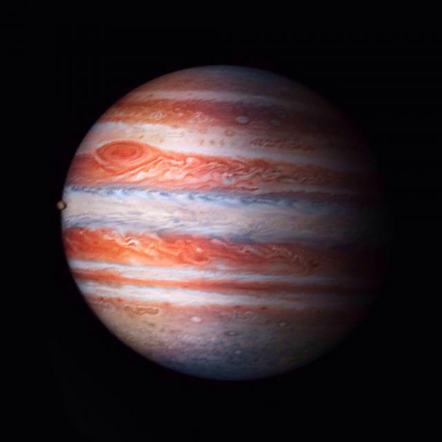 I know someone has the Jupiter wallpaper-image.jpg