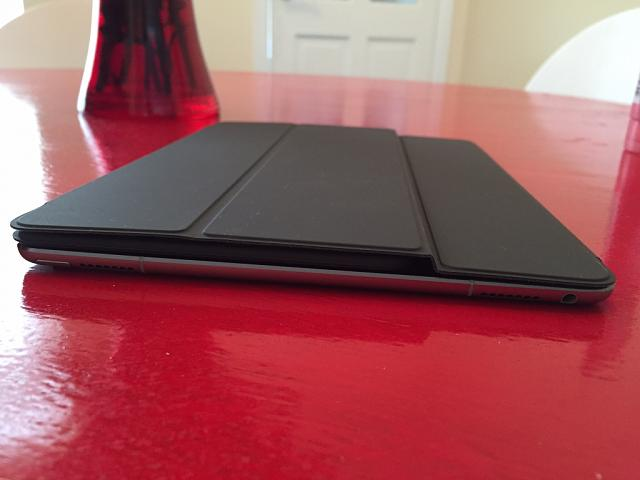 "First impressions of 9.7"" iPad Pro Smart Keyboard Cover-imageuploadedbyimore-forums1459931041.201010.jpg"