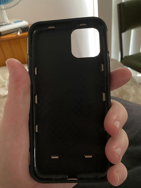 What cases are you getting for your iPhone 11 Pro?-img_1688.jpg