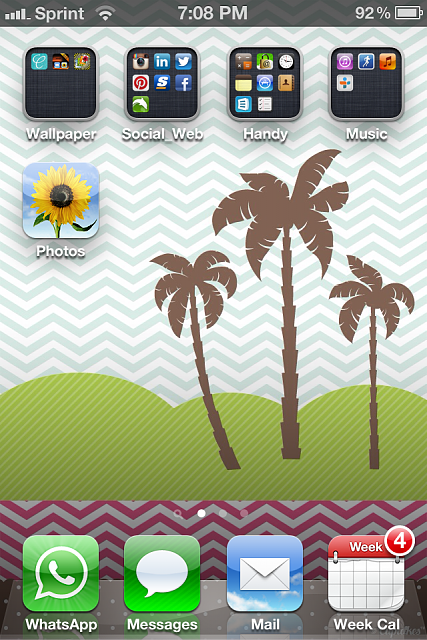 Show us your iPhone 4S home screen!-img_1886-1-.png