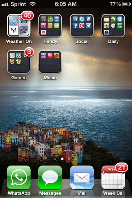 Show us your iPhone 4S home screen!-img_2148-1-.png