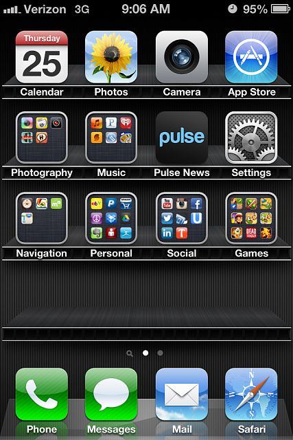 Show us your iPhone 4S home screen!-image-1-.png