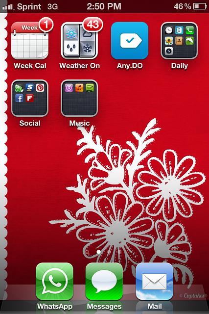 Show us your iPhone 4S home screen!-img_2303-1-.png