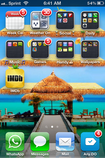 Show us your iPhone 4S home screen!-img_2379-1-.png