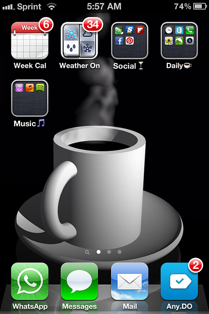 Show us your iPhone 4S home screen!-img_2404-1-.png