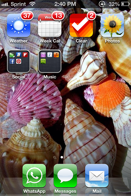 Show us your iPhone 4S home screen!-img_2572-1-.png