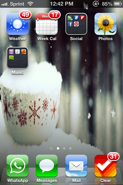 Show us your iPhone 4S home screen!-img_2627-1-.png