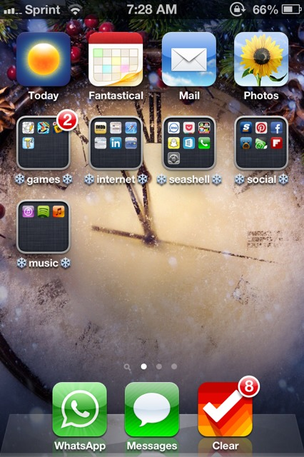 Show us your iPhone 4S home screen!-imageuploadedbyimore-forums1356711139.033529.jpg