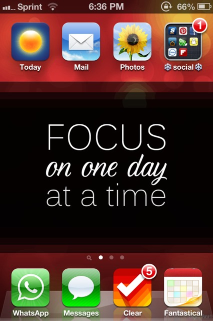 Show us your iPhone 4S home screen!-imageuploadedbyimore-forums1357087433.671777.jpg