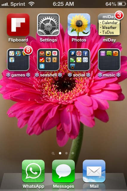 Show us your iPhone 4S home screen!-imageuploadedbyimore-forums1357302382.404442.jpg