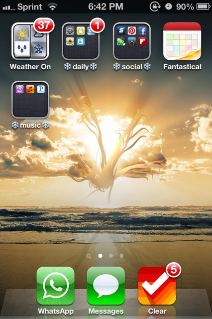 Show us your iPhone 4S home screen!-imageuploadedbyimore-forums1357865028.731462.jpg