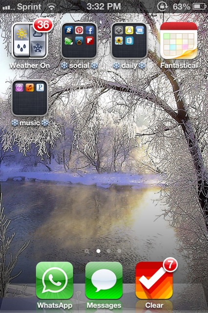 Show us your iPhone 4S home screen!-imageuploadedbyimore-forums1357940021.958753.jpg