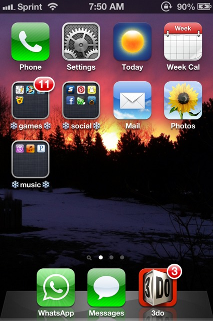 Show us your iPhone 4S home screen!-imageuploadedbyimore-forums1358344333.235592.jpg