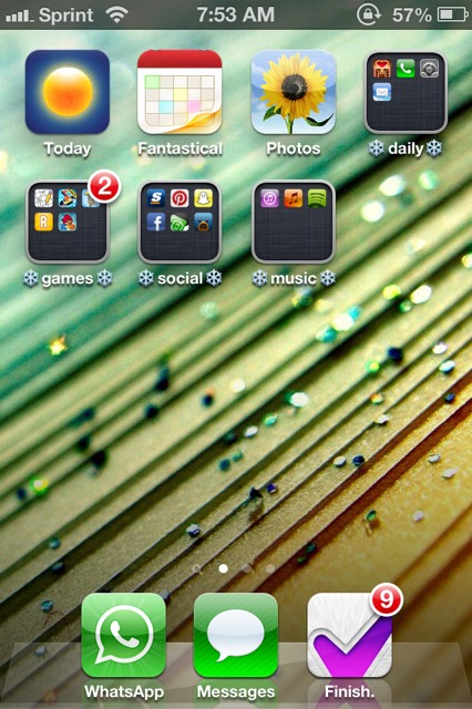 Show us your iPhone 4S home screen!-imageuploadedbyimore-forums1358603990.657774.jpg