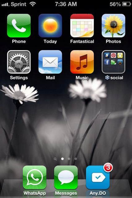 Show us your iPhone 4S home screen!-imageuploadedbyimore-forums1358949048.900427.jpg