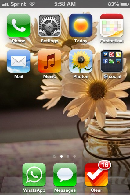 Show us your iPhone 4S home screen!-imageuploadedbyimore-forums1359028730.920884.jpg