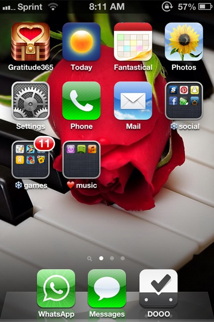Show us your iPhone 4S home screen!-imageuploadedbyimore-forums1359209619.681877.jpg