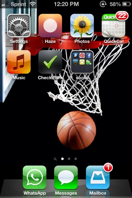 Show us your iPhone 4S home screen!-imageuploadedbyimore-forums1361643631.552099.jpg