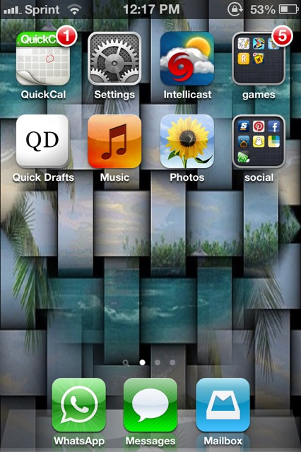 Show us your iPhone 4S home screen!-imageuploadedbyimore-forums1362176091.803024.jpg