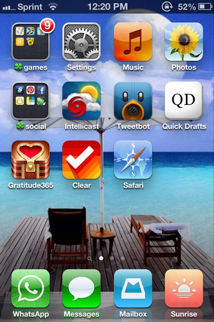 Show us your iPhone 4S home screen!-imageuploadedbyimore-forums1362594079.952566.jpg
