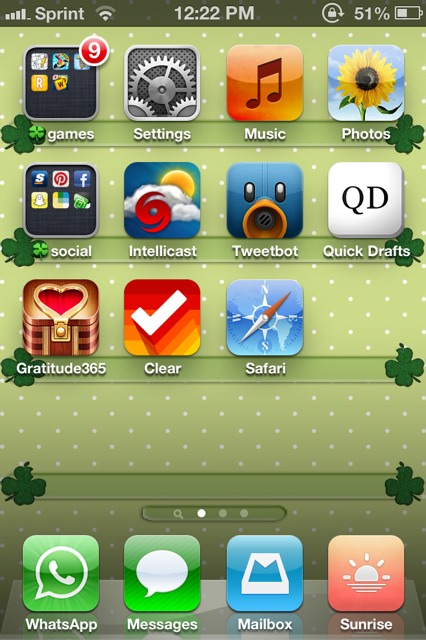 Show us your iPhone 4S home screen!-imageuploadedbyimore-forums1362594194.826787.jpg