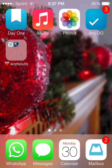 Show us your iPhone 4S home screen!-imageuploadedbyimore-forums1388504826.922816.jpg