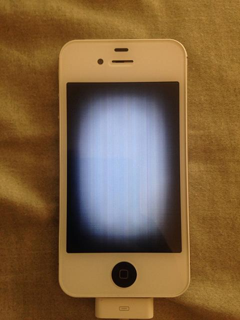 New iPhone 4S display defective?-imageuploadedbyimore-forums1402415072.645020.jpg