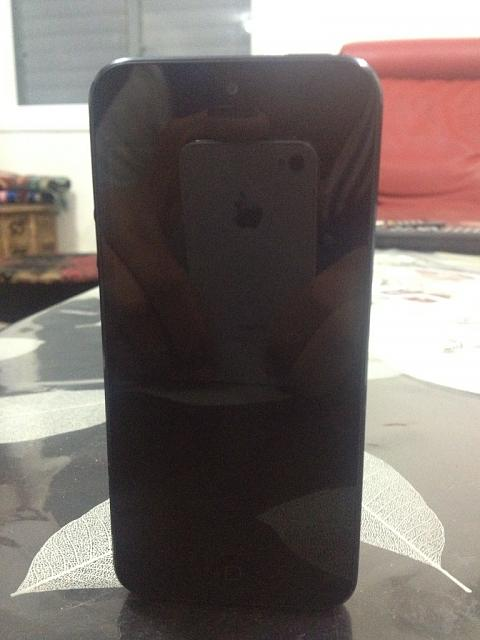 Show Us You're iPhone 5!-imageuploadedbyimore-forums1355660073.530973.jpg