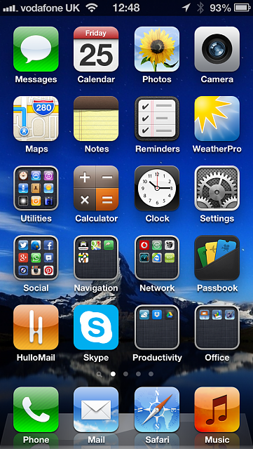 Show us your iPhone 5 Homescreen:-2013-01-25-12.48.39.png